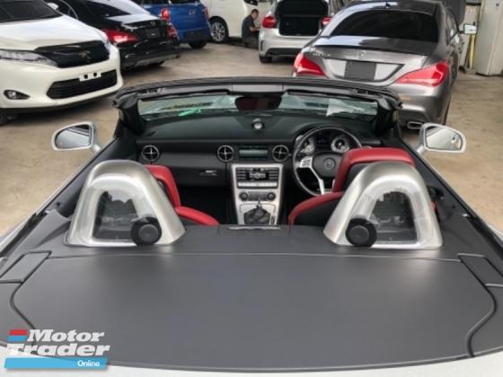 2014 MERCEDES-BENZ SLK Unreg Mercedes Benz SLK200 1.8 AMG Magic Roof Convetible Top Paddle Shift 7G