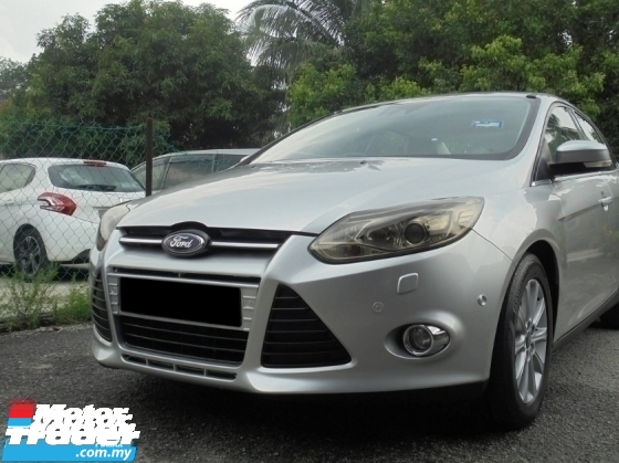 2012 FORD FOCUS  2.0 Titanium Plus Sunroof Keyless PushStart AutoPARK TipTOP LikeNEW