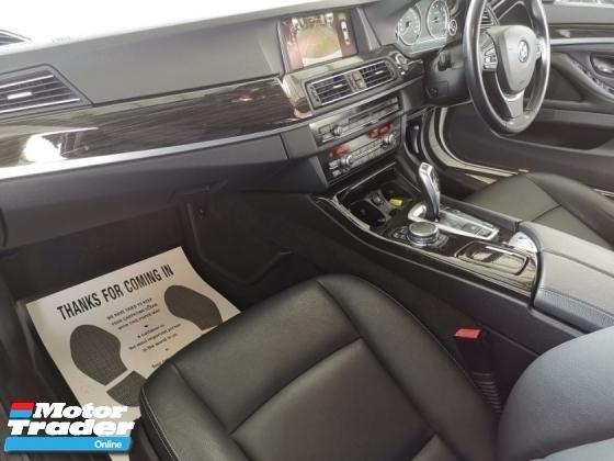 2016 BMW 5 SERIES 2016 BMW 520i 2.0 Sedan Luxury Line FACELIFT UNREG