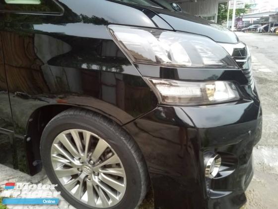 2013 TOYOTA VELLFIRE Z GOLDEN EYES FACELIFT MODEL MPV CAR
