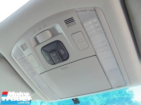 2008 TOYOTA VELLFIRE  3.5 V6 PaddleShift 2Powerdoor 8Seater LikeNEW Reg.2011