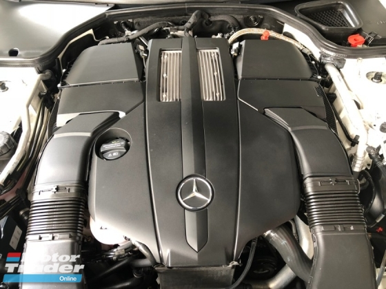 2014 MERCEDES-BENZ SL SL350 SL400 AMG 3.0 Twin Turbocharged 362hp Sport-Chronograph Panoramic Roof Harman Kardon Surround Memory Bucket Seat Active Suspension Body Control Full Intelligent LED Light Multi Function Paddle Shift Steering Bluetooth Connectivity