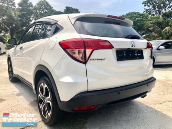 2017 HONDA HR-V 1.8 V (A) mileage 20km FULL SVR RCD UNDER WARRANTY HONDA