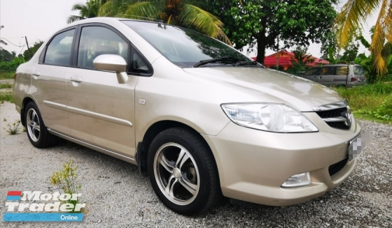 2005 HONDA CITY 1.5 AUTO I-VTEC ENGINE / ( +/- ) PADDLE SHIFT 7 SPEED / BLACKLIST CAN LOAN