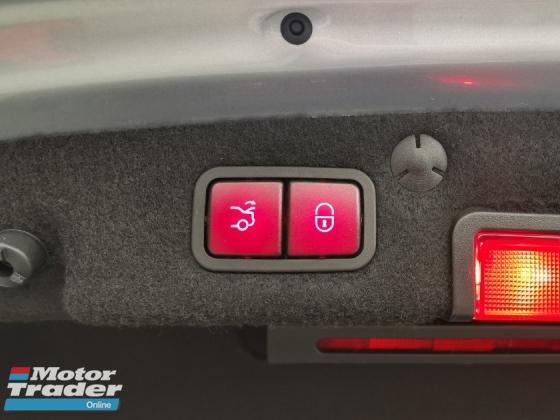 2014 MERCEDES-BENZ C-CLASS C200 AMG FULL SPEC - RED LEATHER/PANAROMIC ROOF/POWER BOOT - UNREG JAPAN SPEC