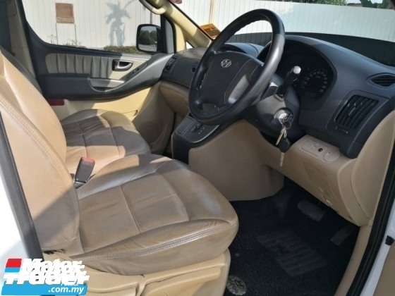 2011 HYUNDAI GRAND STAREX 2.5(A)9 SEAT WITH LEATHER FULL LOAN