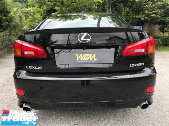 2009 LEXUS IS 2.5 (A) DOKTOR OWNER LOW MILAGE LIKE NEW