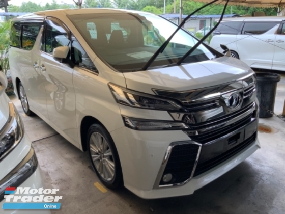 2016 TOYOTA VELLFIRE 2.5 ZA surround camera power boot 2 power doors keyless entry Alpine monitor 7 seaters unregistered