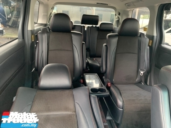 2014 TOYOTA VELLFIRE 2.4 GOLDENEYE II 2 POWER DOOR AND BOOT UNREG