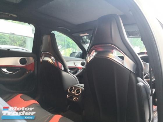2015 MERCEDES-BENZ C63 s 4.0L Bi-Turbo AMG 4MATIC