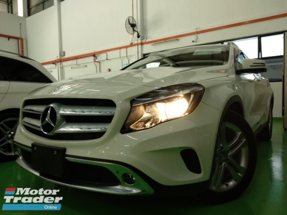 2015 MERCEDES-BENZ GLA 2015 Mercedes Benz GLA180 (A) S.E 4 YEARS WARRANTY