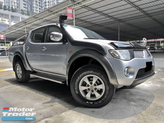 2009 MITSUBISHI TRITON Mitsubishi Triton 2.5 AT 4X4 TIPTOP CONDITION ONE OWNER