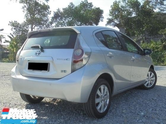 2012 TOYOTA PRIUS 1.5 Hybrid CVT ECO-Fuel NAVI Keyless PushStart LikeNEW