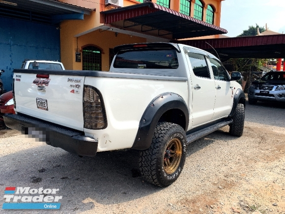 2009 TOYOTA HILUX  2.5 G VNT PREMIUM with BEHIND COVERED BOX FULL Spec BLACKLIST BOLE LOAN(AUTO)2009 Only 1 UNCLE Owner, 85K Mileage, TIPTOP HONDA TOYOTA NISSAN MAZDA PERODUA MYVI AXIA VIVA ALZA SAGA PERSONA EXORA ERTIGA VIOS YARIS ALTIS CAMRY VELLFIRE CITY ACCORD CIVIC