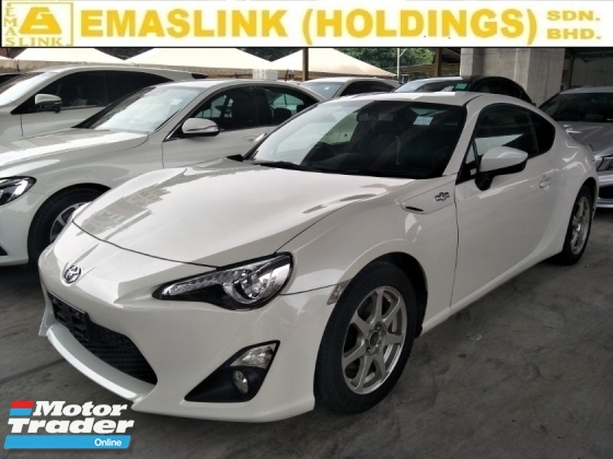 2015 TOYOTA 86 2.0 semi auto 210 hp reverse camera paddle shift sport mode eco mode auto cruise free warranty