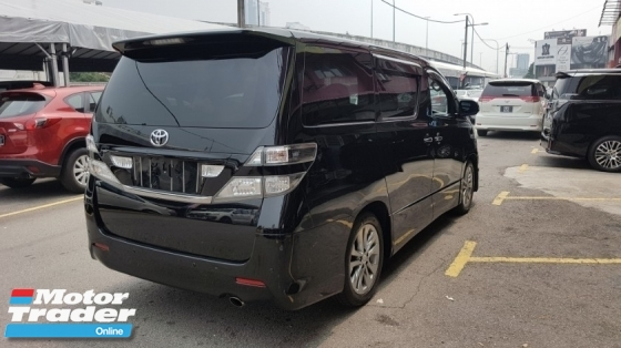 2010 TOYOTA VELLFIRE 2.4Z PLATINUM (A) REG 2013, ONE OWNER, 7 SEAT, 2 POWER DOOR, POWER BOOT, DVD MONITOR, REVERSE CAMERA, 18\