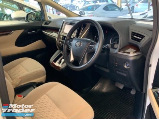 2016 TOYOTA VELLFIRE 2.5X 8 seaters power door back camera multifunction steering push start keyless entry unregistered