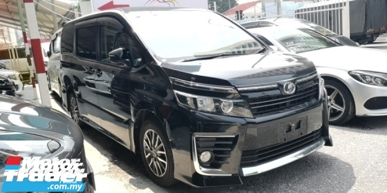 2014 TOYOTA VOXY ZS 2.0 / 2 PWR DOOR / 7 SEATER / TIPTOP CONDITION FROM JAPAN