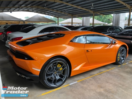 2015 LAMBORGHINI HURACAN LP610-4 Lifting System 5.2 V10 610hp Lamborghini Doppia Frizione (LDF) MPI IDS STRADA/SPORT/CORSA Selection Carbon Ceramic Brake Full LED System Bucket Seat Multi Function Paddle Shift Lamborghini Dynamic Steering (LDS) Unreg