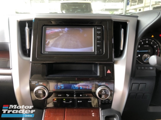 2015 TOYOTA VELLFIRE Unreg Toyota Vellfire 2.5 7seather Camera PowerDoor Push Start 7G