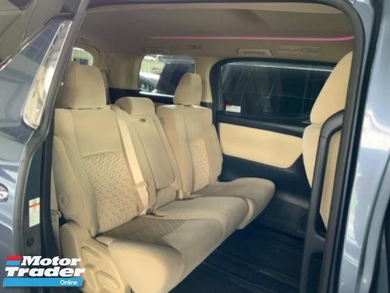 2015 TOYOTA VELLFIRE 2.5 X 8 seaters power door back camera auto hold keyless go unregistered