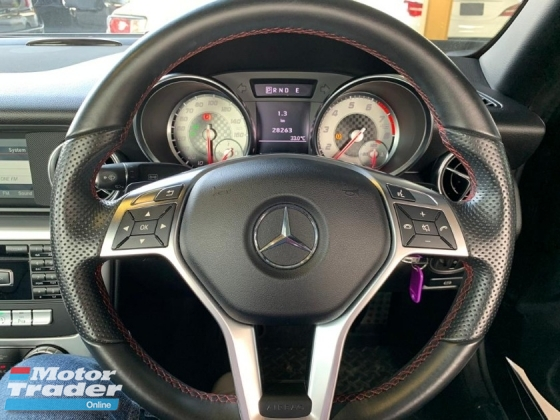 2015 MERCEDES-BENZ SLK 200 1.8 AMG Convertible New Arrival Unregister 0%SST Low interest Rate Loan Price Negotiable Offer