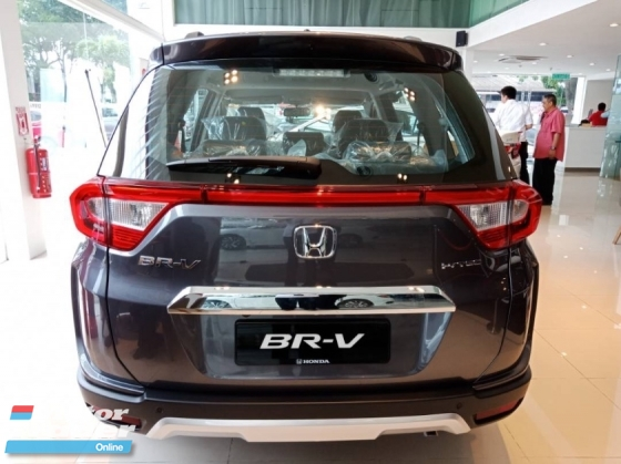 2019 HONDA BR-V BRV 1.5 i-VTEC Best 7 seater in Town 120hp 7-speed Continuous Variable Transmission Foldable Car Seats IsoFix Vehicle Stability Control VSA Anti-lock Braking ABS Reverse Camera