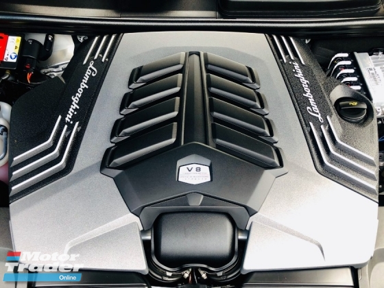 2018 LAMBORGHINI LAMBORGHINI OTHER URUS 4.0 V8 TWIN-TURBOCHARGED WITH AKRAPOVIC EXHAUST SYSTEM