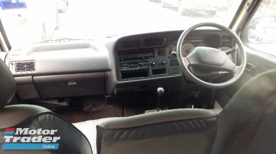 2002 TOYOTA HIACE TOYOTA HIACE WINDOW VAN 2.0 (M) TIPTOP CONDITION