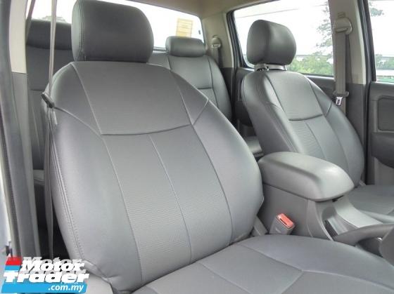 2012 TOYOTA HILUX 2.5 G 4x4 D4D Facelift TipTOP LikeNEW