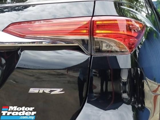2018 TOYOTA FORTUNER 2.7V NEW VERSION FACELIFT FULL SERVICE UNDER WARRANTY UNTIL 2023 ONE OWNER NEW CAR CONDITION