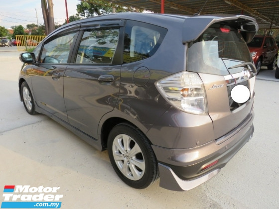 2016 HONDA JAZZ 1.3 (A) Hybrid One Owner Full Bodykit CD DVD GPS Player 100% Accident Free High Loan Tip Top Condition Must View