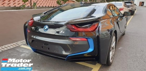 2016 BMW I8 1.5 PLUG IN HYBRID THIRD TURBO ACTUAL YEAR MAKE 2016 NO HIDDEN CHARGES