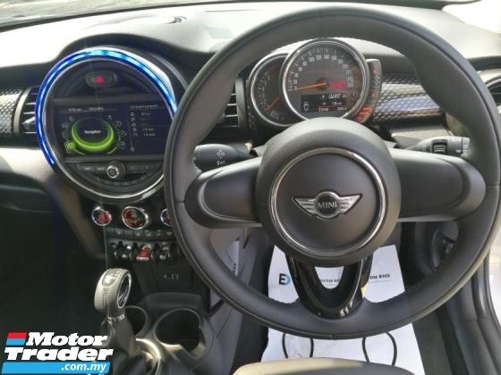 2014 MINI Cooper S 2.0 Twin Turbo OTR Unreg