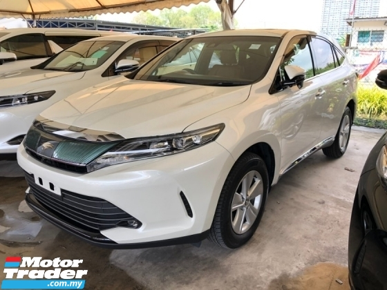 2017 TOYOTA HARRIER 2.0 New Facelift Panoramic Glass Roof 360 Surround Camera Automatic Power Boot Pre-Crash Lane Departure Assist Brake Hold Power Seat Power Brake Intelligent Full-LED Start Stop Engine 9 Air Bags Unreg