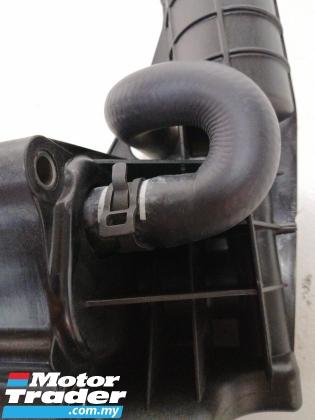 Mercedes Benz M271 Oil cooler wfilter housing