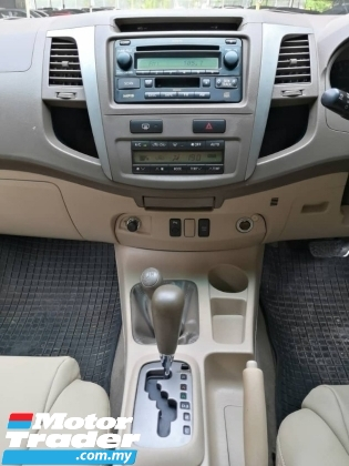 2005 TOYOTA FORTUNER Toyota Fortuner 2.7 AUTO 4X4 TIPTOP CONDITION ONE OWNER