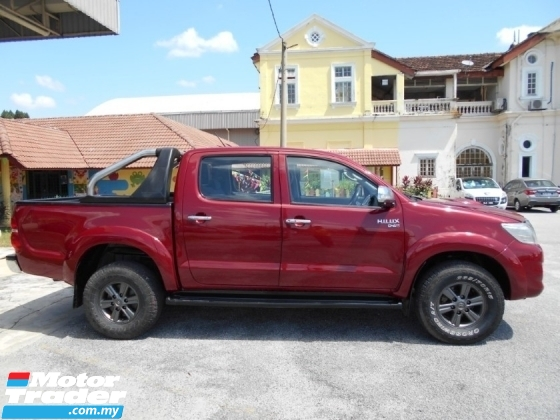 2013 TOYOTA HILUX DOUBLE CAB 3.0G (AT) FREE 1YEAR WARRANTY GOOD CONDITION LOW MLEAGE LIKE NEW ACCIDENT FREE AND 1 CAREFUL OWNER