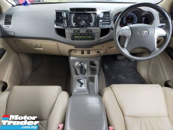 2015 TOYOTA FORTUNER 2.7V FULL SERVICE RECORD ONE OWNER LOW MILEAGE TIPTOP CONDITION LIKE NEW CONDITION
