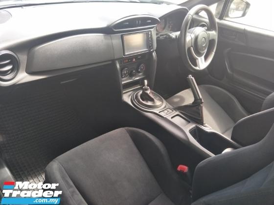 2015 TOYOTA 86 2.0 AUTO 6 SPEED 200 HP REVERSE CAMERA SPORT BUCKET SEATS FREE WARRANTY