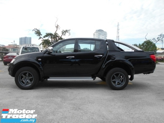 2015 MITSUBISHI TRITON 2.5 STANDARD DOUBLE CAB GOOD CONDITION LOW MLEAGE LIKE NEW ACCIDENT FREE AND 1 CAREFUL OWNER
