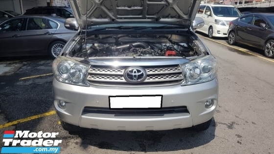 2010 TOYOTA FORTUNER 2.7V VVTI (A) REG 2010, CAREFUL OWNER, SELDOM USE, LOW MILEAGE DONE 120K KM, FULL SERVICE RECORD, 100% ACCIDENT FREE, ORIGINAL CONDITION