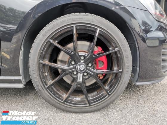 2015 VOLKSWAGEN GOLF GTI BLACK DCC REVERSE CAM OFFER UNREG