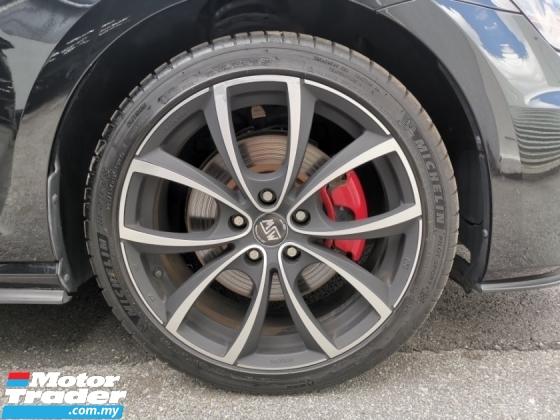 2015 VOLKSWAGEN GOLF GTI DCC PACKAGE BLACK OFFER UNREG