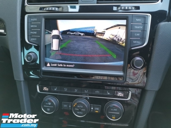 2016 VOLKSWAGEN GOLF GTI CLUBSPORT TRACK EDITION BLIND SPOT REVERSE CAM DCC PACK OFFER WHITE UNREG