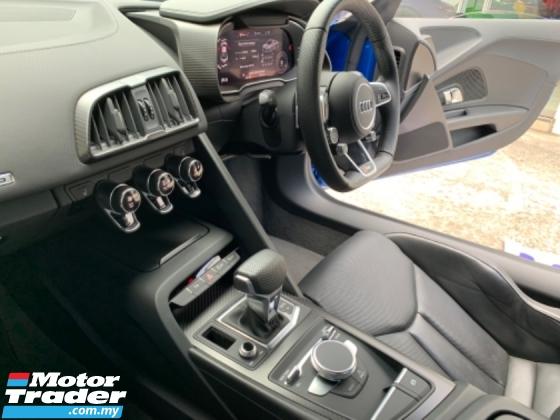 2017 AUDI R8 5.2FSI QUATTRO UK