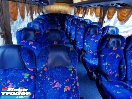 2011 Bus hino hino hzu423 31 seaters
