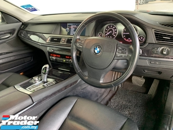 2010 BMW 7 SERIES 740i 3.0 (A) Premium Model Twin Turbo Perfect Condition