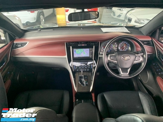 2016 TOYOTA HARRIER 2.0 Unregister Full Leather Seat 2 Tone Interior Panoramic Roof 360 Surround Camera Power boot Driver Memory Seat Price Negotiable SST Inclusive