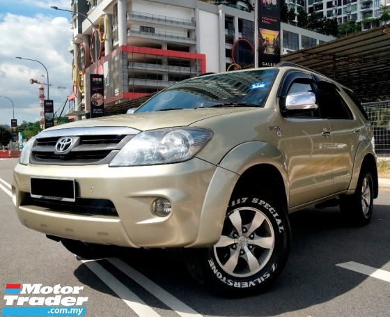 2008 TOYOTA FORTUNER 2.7V AUTO PETROL ACCIDENT FREE NO OFF ROAD 8 SEATED MUST VIEW